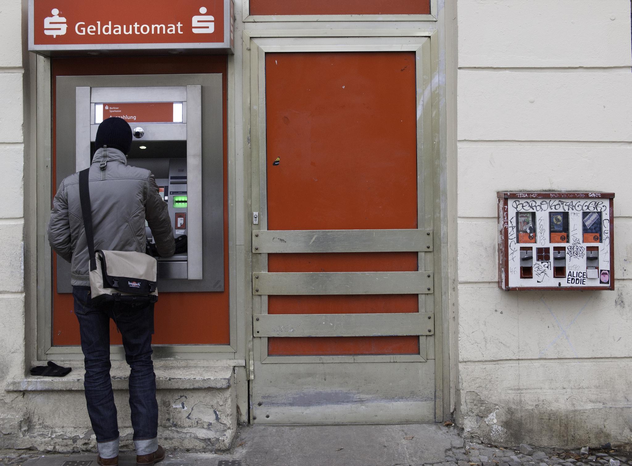 Frodi ATM (bancomat) in Aumento: ecco come Proteggersi